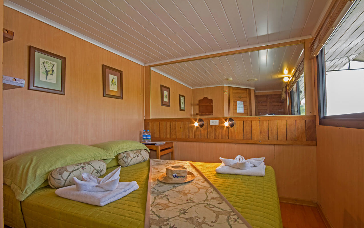 chambre-matrimoniale-hotel-flottant-manatee-cmanatee
