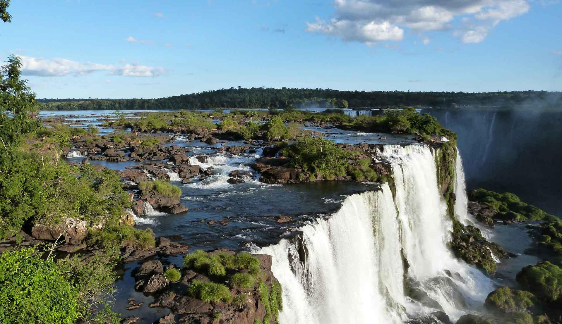 iguazu-falls-455611_1920-web