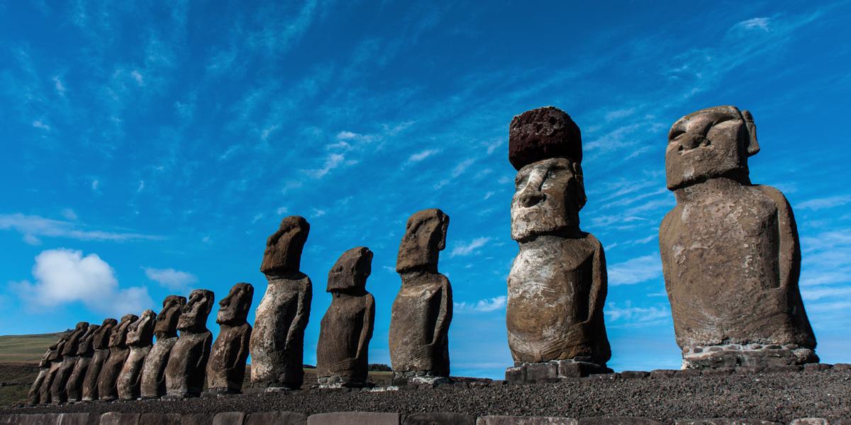 Moai©AdobeStock_師永-田口-2