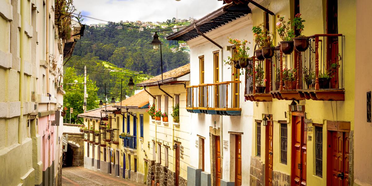 Quito-AdobeStock_Fotos-593