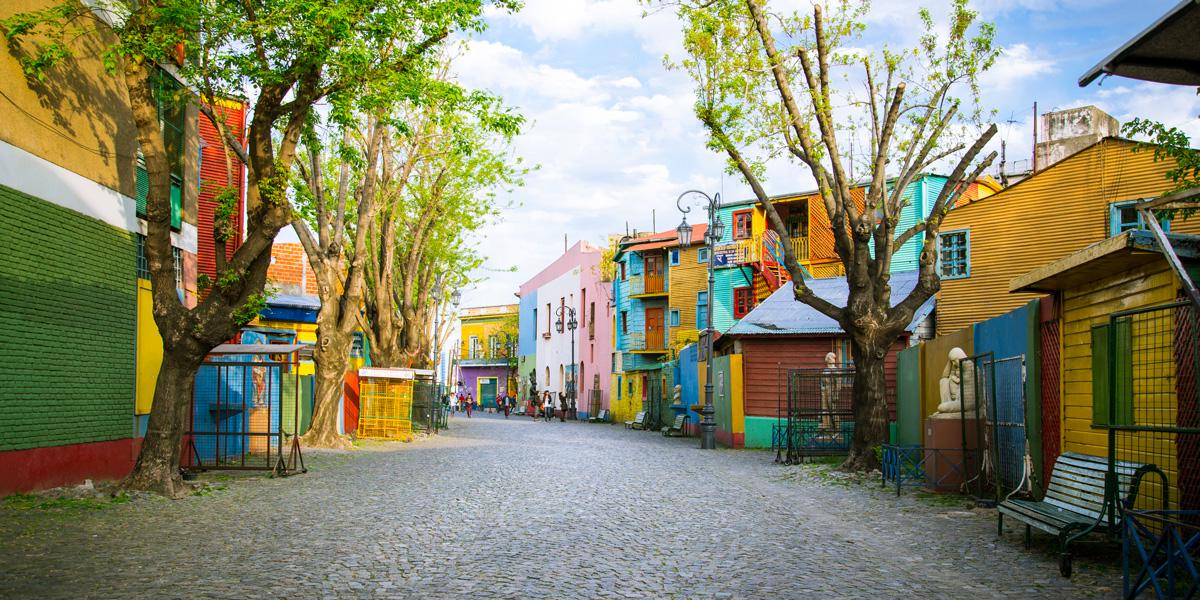 Buenos-aires-AdobeStock_Angela-Bragato